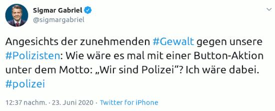 """Angesichts der zunehmenden #Gewalt gegen unsere #Polizisten: Wie wäre es mal mit einer Button-Aktion unter dem Motto: """"Wir sind Polizei""""? Ich wäre dabei. #polizei"""