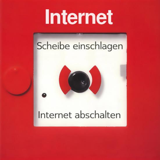 Bearbeitetes foto eines feuermeldeknopfes mit der aufschrift: Internet -- Scheibe einschlagen -- Internet ausschalten